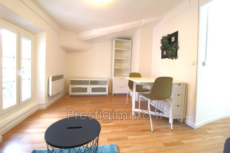 Appartement Vallauris Centre-ville,  Location appartement  2 pièces   25m²