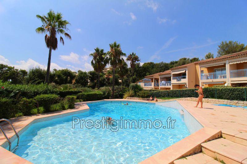 Appartement Villeneuve-Loubet Proche plages,  Location appartement  3 rooms   37m²