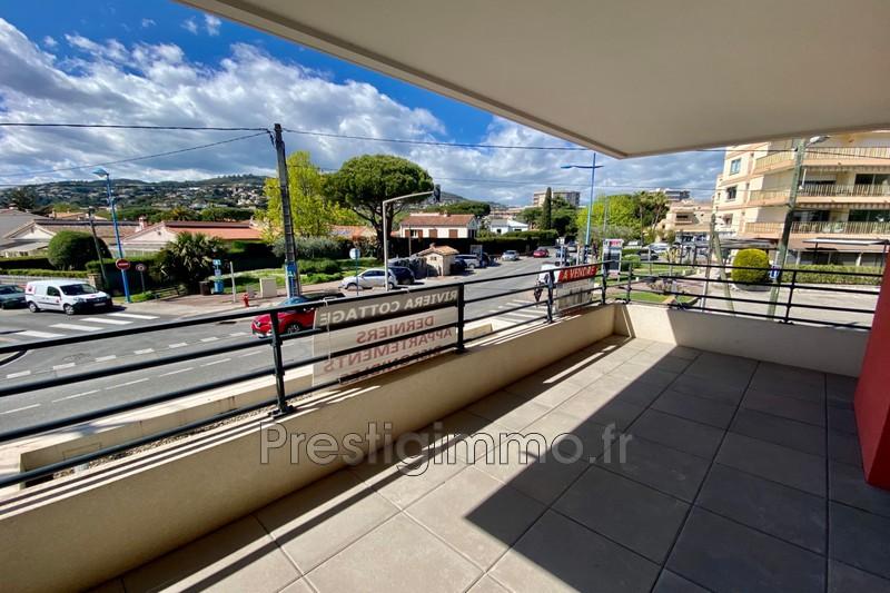 Appartement Mandelieu-la-Napoule Centre-ville,  Location appartement  2 pièces   43m²