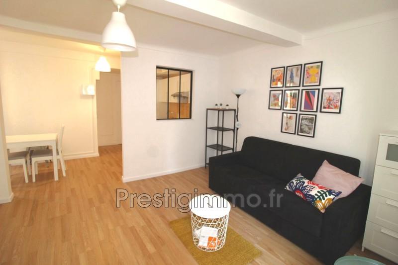 Appartement Vallauris Centre-ville,  Location appartement  1 pièce   27m²