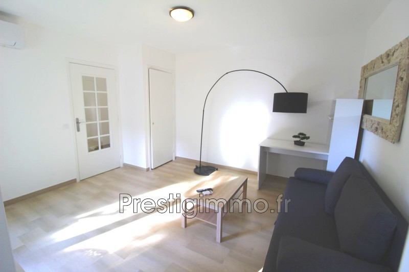 Photo Apartment Vallauris Proche centre et plages,  Rentals apartment  1 room   23 m²