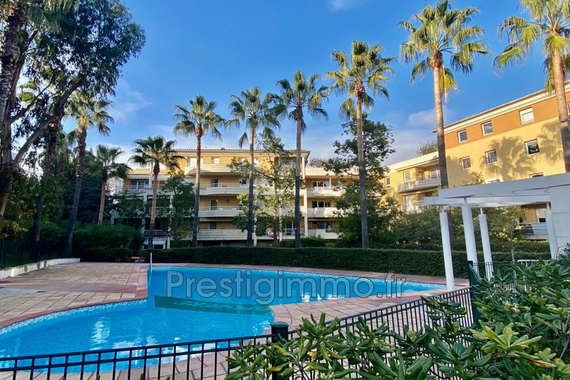 Apartment Cannes Proche ville au calme,  Rentals apartment  3 rooms   64 m²