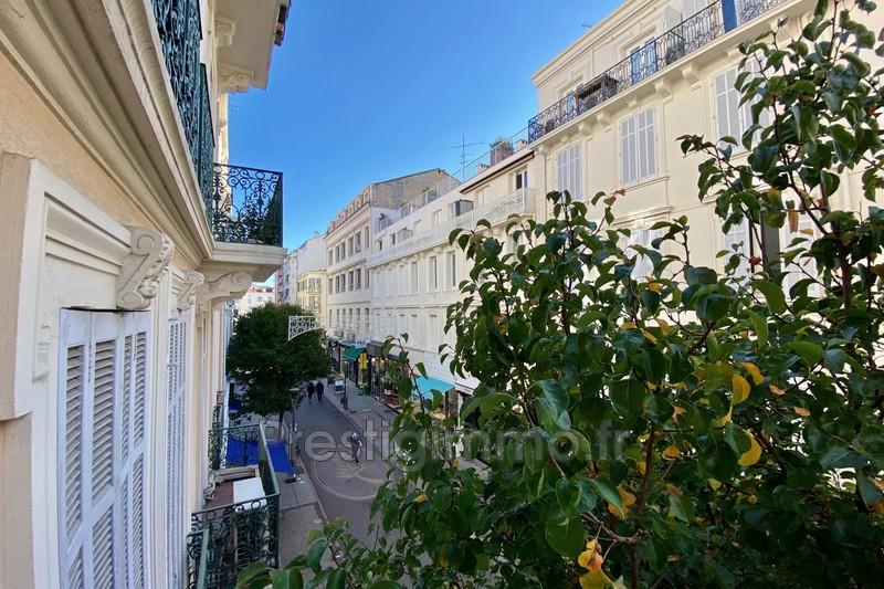 Appartement Cannes Centre-ville,  Location appartement  4 pièces   110m²