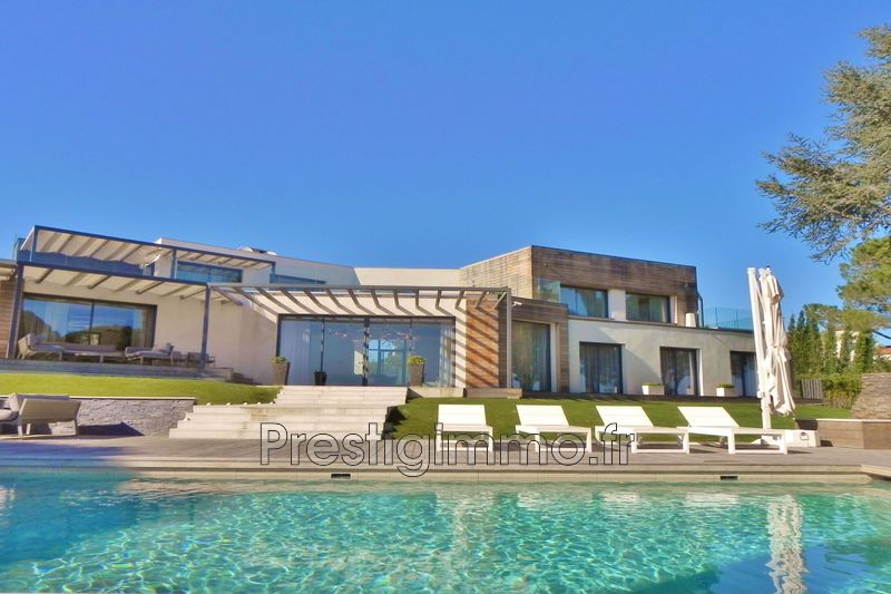Luxury property Vallauris Proche ville au calme,  Rentals luxury property  5 bedroom   700 m²