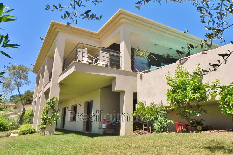 Villa Mougins Proche ville au calme,   to buy villa  3 bedroom   160 m²