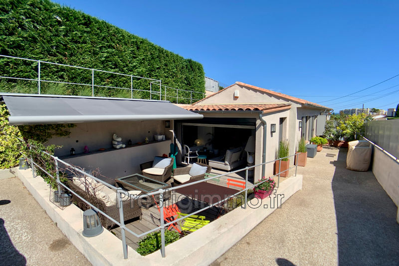House Mandelieu-la-Napoule Proche ville au calme,   to buy house  3 bedroom   106 m²