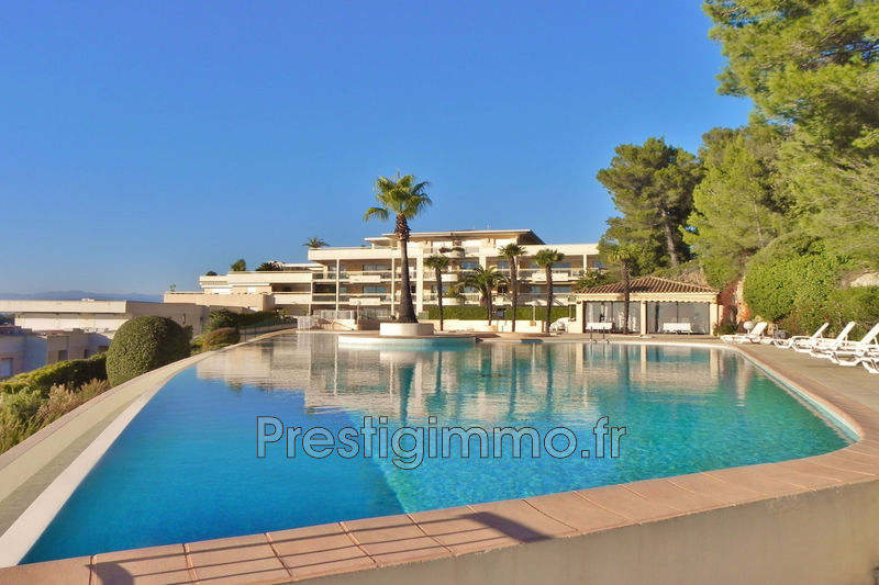Apartment Mougins Proche ville,   to buy apartment  6 rooms   168 m²