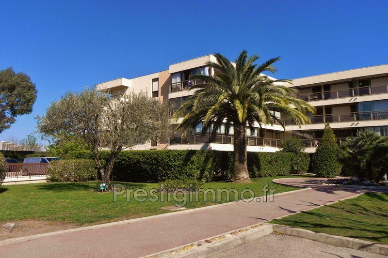 Appartement Mandelieu-la-Napoule Proche ville au calme,   achat appartement  2 pièces   32m²