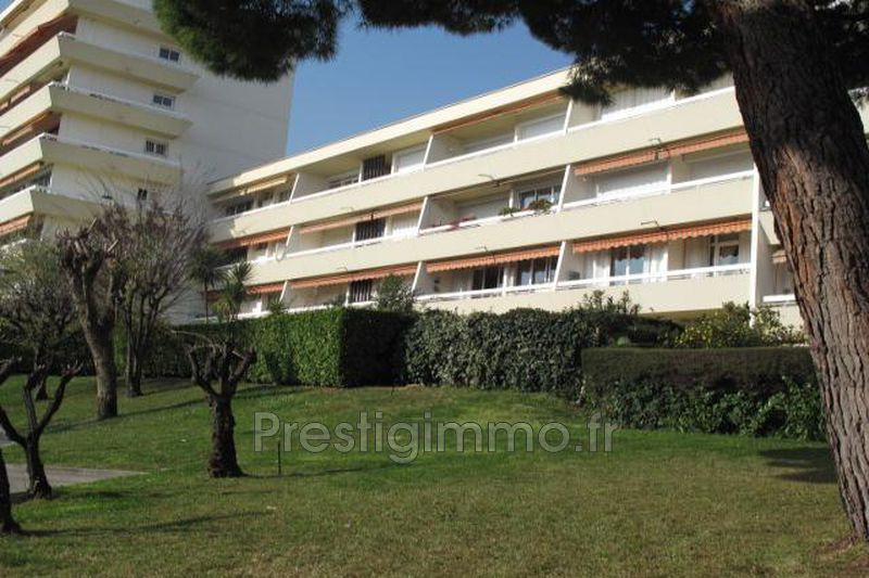 Apartment Antibes Piscine jules grec,   to buy apartment  3 rooms   65m²