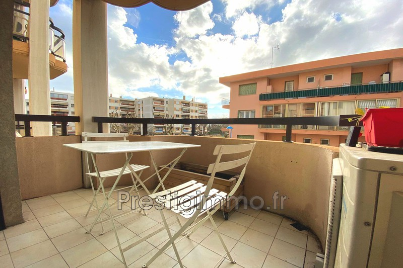 Photo Apartment Mandelieu-la-Napoule Centre ville,   to buy apartment  3 rooms   56 m²