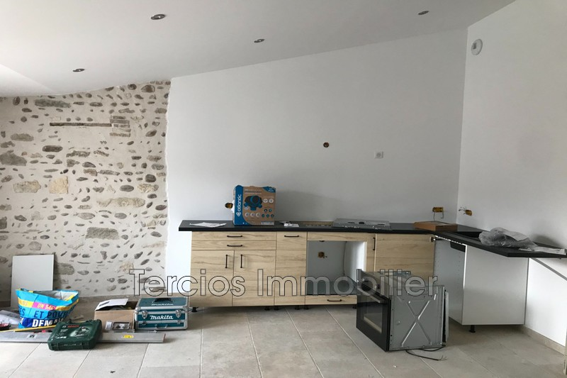 Photo n°1 - Location appartement Eyragues 13630 - 950 €