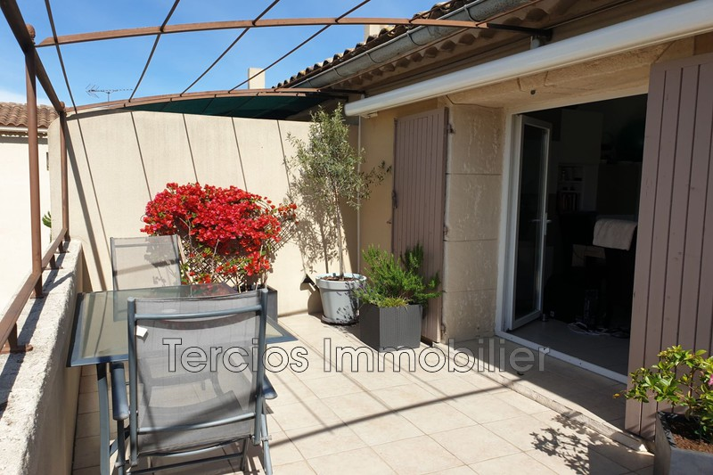 Photo Apartment Eyragues Centre-ville,   to buy apartment  4 rooms   67m²