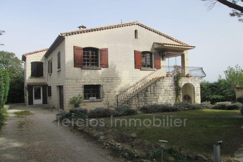Photo Villa Châteaurenard Centre-ville,   achat villa  5 chambres   212m²