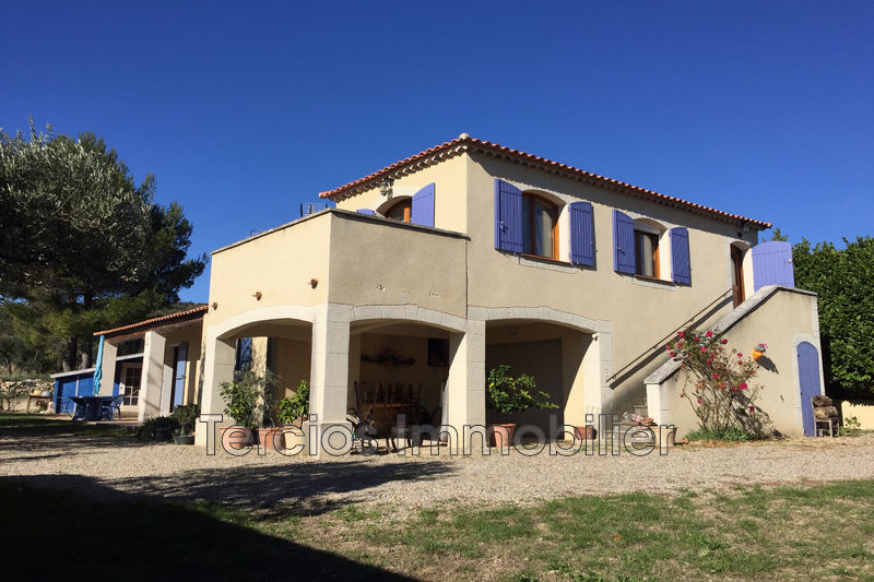 Villa Aureille   to buy villa  3 bedrooms   110 m²