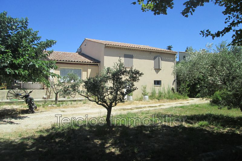 Photo Villa Eyragues   to buy villa  5 bedrooms   165 m²