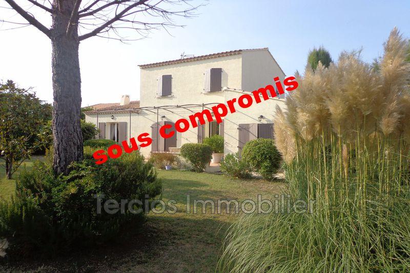 Villa Mollégès Centre-ville,   achat villa  4 chambres   115m²