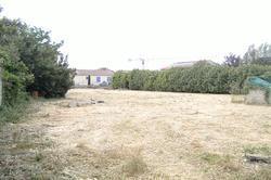 Photos  Terrain à bâtir à vendre Châteaurenard 13160