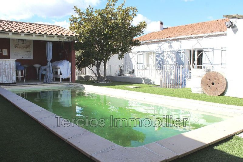 Photo Villa Châteaurenard Proche centre-ville,   to buy villa  4 bedrooms   101 m²