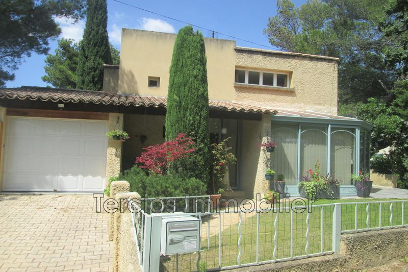 Photo Villa Châteaurenard   to buy villa  3 bedrooms   130 m²
