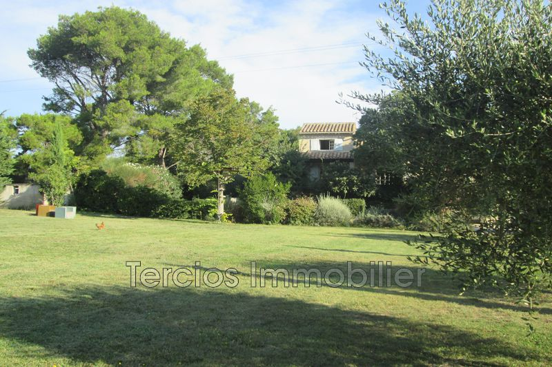 Photo Villa Eyragues   to buy villa  5 bedrooms   317 m²
