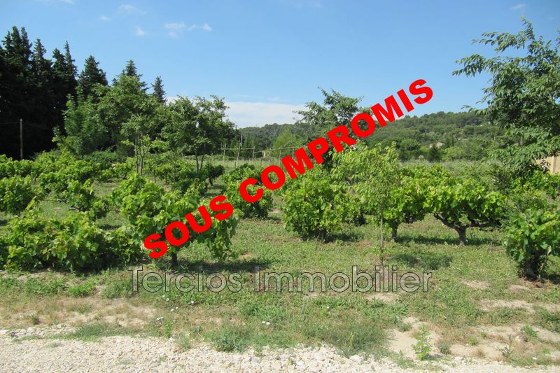 Land Noves Proche centre-ville,   to buy land   866 m²