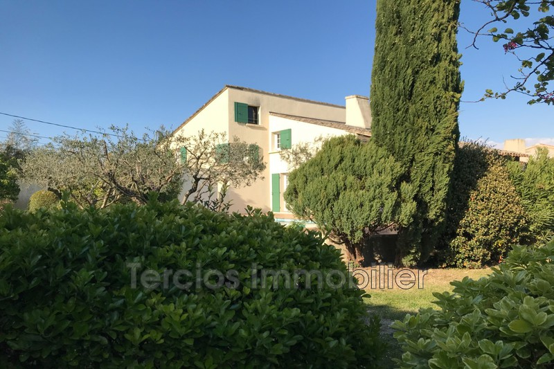 Photo House Noves Centre-ville,   to buy house  4 bedrooms   190 m²