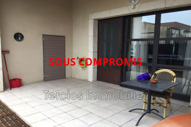 Photo Apartment Eyragues   to buy apartment  3 rooms   61 m²
