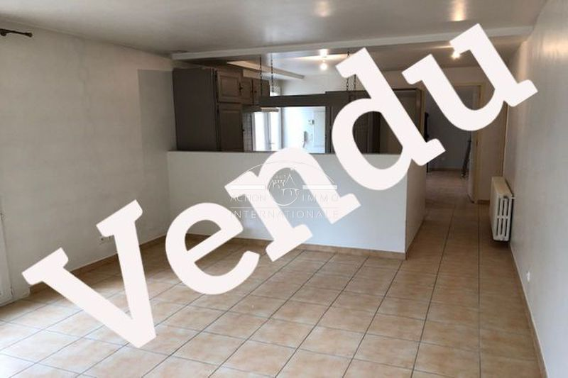 Photo Apartment Saint-Martin-de-Crau Saint-martin-de-crau,   to buy apartment  2 rooms   48 m²