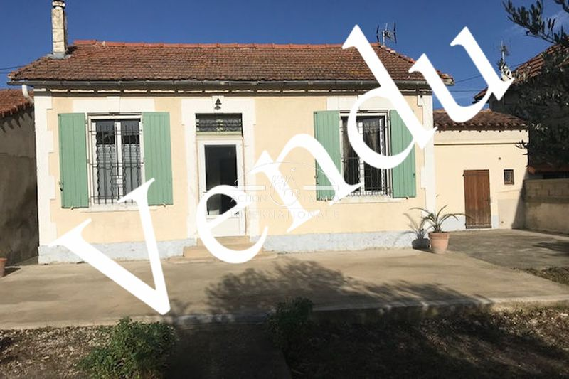 Photo House Arles Arles,   to buy house  2 bedroom   60 m²