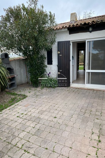 House Saintes-Maries-de-la-Mer Saintes marie de la mer,   to buy house  1 bedroom   28 m²
