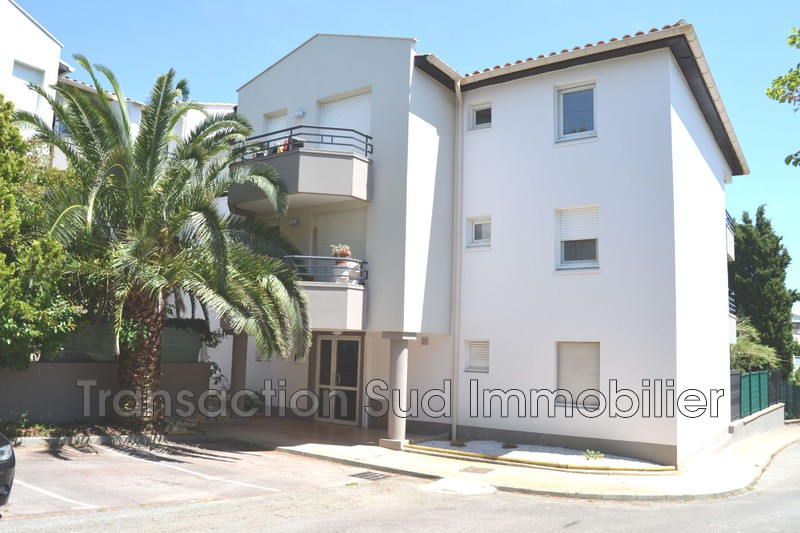 Photo Apartment Montpellier Montpellier,   to buy apartment  2 rooms   36 m²