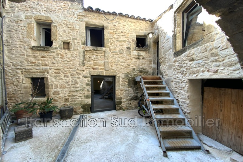 Photo Village house Uzès Village,   to buy village house  4 bedroom   130 m²