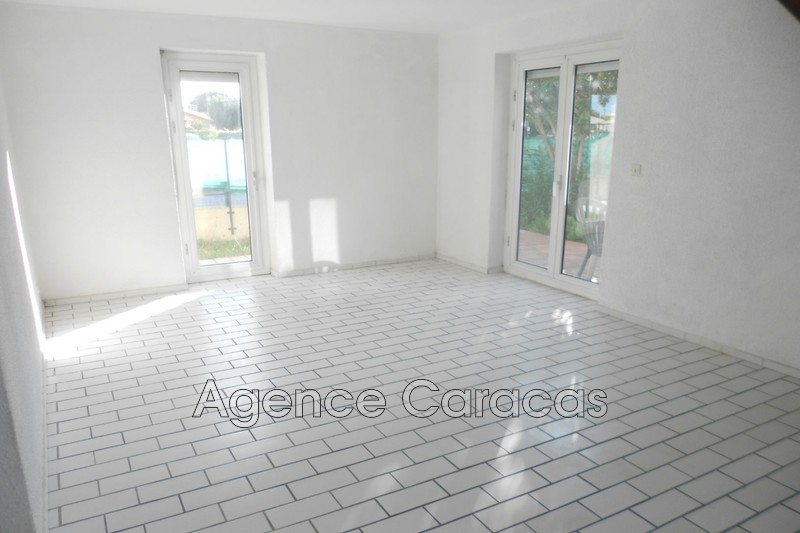 Photo House Canet-en-Roussillon Quartier des fleurs,   to buy house  2 bedroom   70 m²