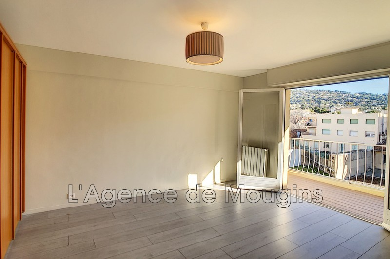 Photo n°1 - Vente appartement Cannes 06400 - 105 000 €