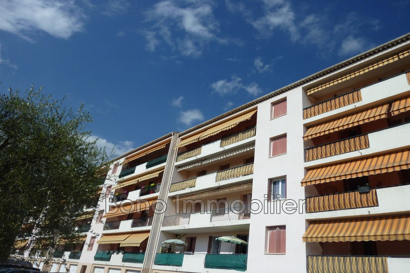 Photo n°2 - Vente appartement Grasse 06130 - 211 000 €