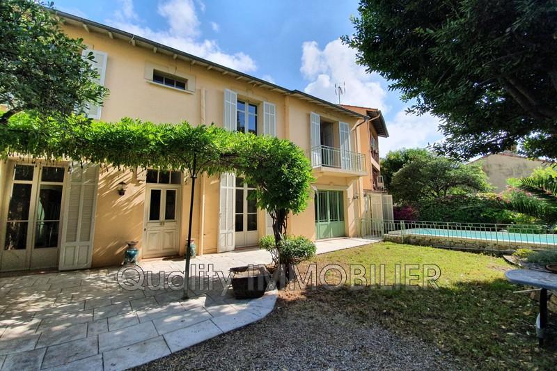 Photo Villa Cannes Centre,   achat villa  5 chambres   200m²