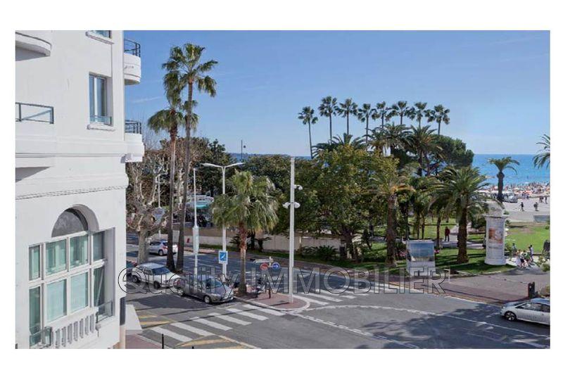 Photo Appartement Cannes Front de mer,   achat appartement  3 pièces   70m²