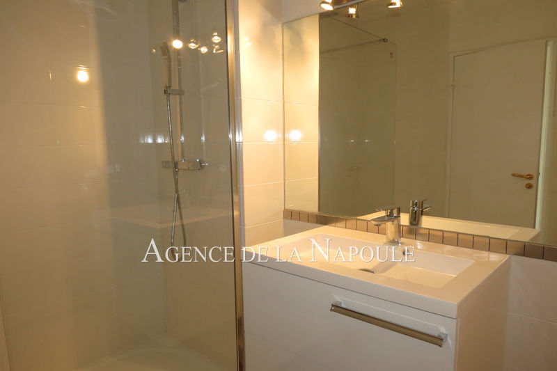 Photo n°2 - Vente appartement Mandelieu-la-Napoule 06210 - 244 000 €