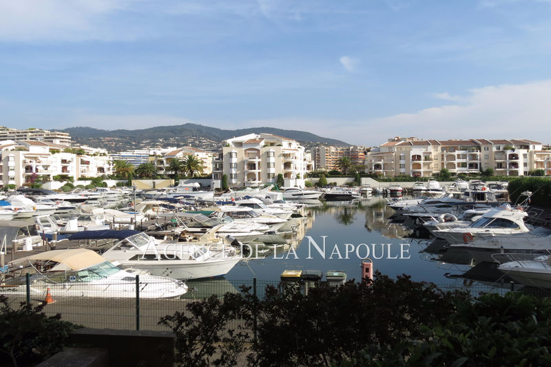 Photo Apartment Mandelieu-la-Napoule Cannes-marina,   to buy apartment  2 rooms   42 m²