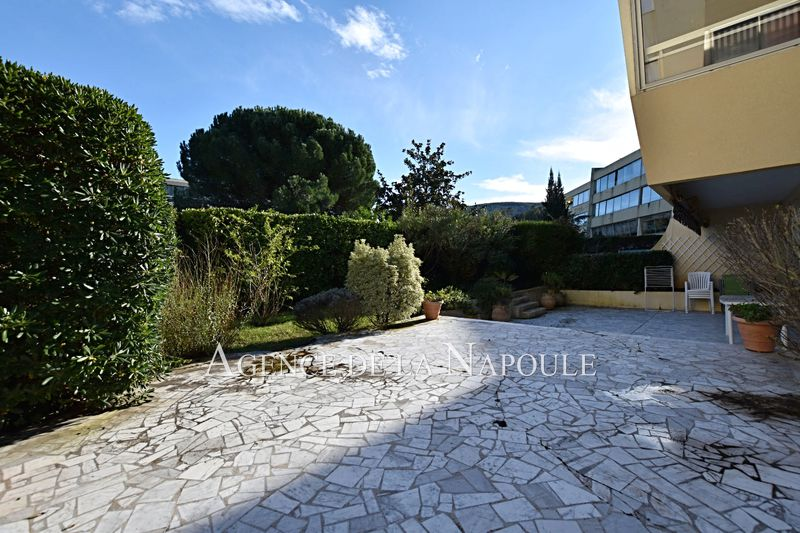 Photo Apartment Mandelieu-la-Napoule Minelle,   to buy apartment  3 rooms   70 m²