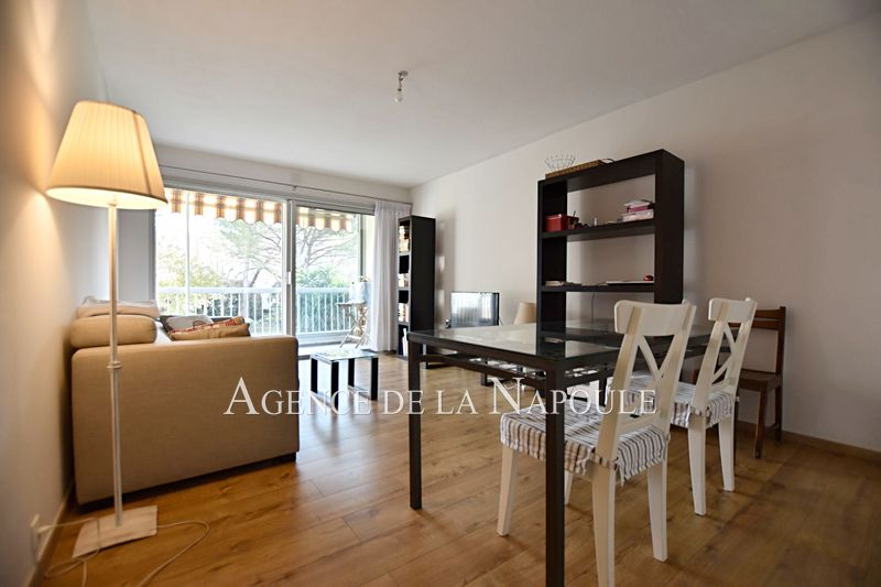 Photo n°2 - Vente appartement Mandelieu-la-Napoule 06210 - 199 900 €
