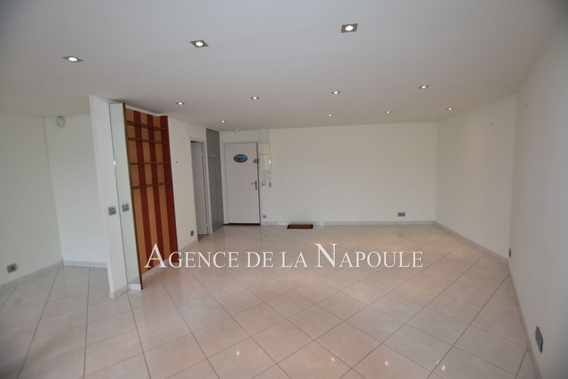 Photo n°3 - Vente appartement Mandelieu-la-Napoule 06210 - 186 000 €