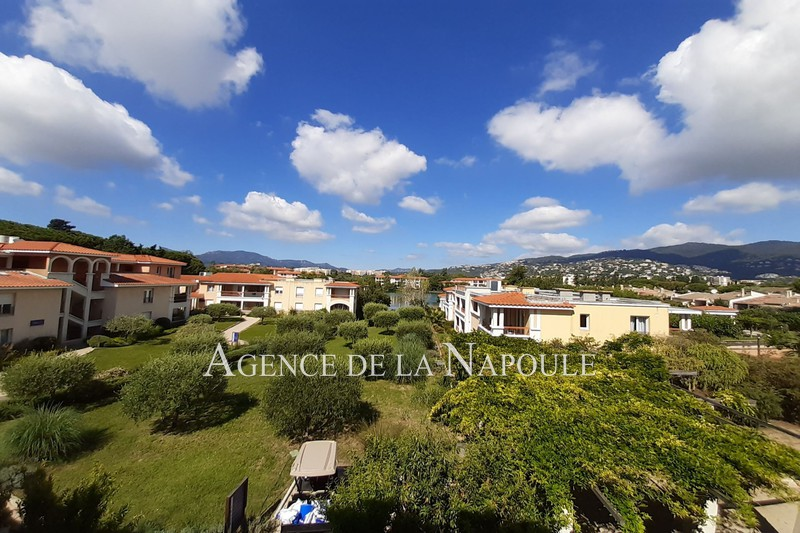 Apartment Mandelieu-la-Napoule Bord de siagne,   to buy apartment  2 rooms   38 m²