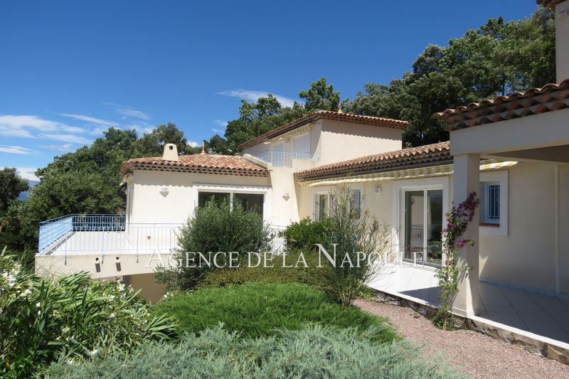 Photo Villa Les Adrets-de-l'Estérel   to buy villa  5 bedroom   280 m²