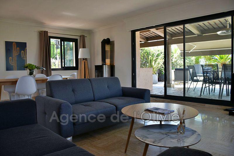 Appartement Mouans-Sartoux  Location appartement  5 pièces   128m²