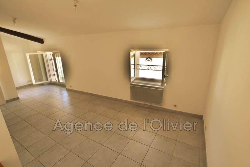 Photo n°2 - Location appartement Sophia Antipolis 06560 - 600 €