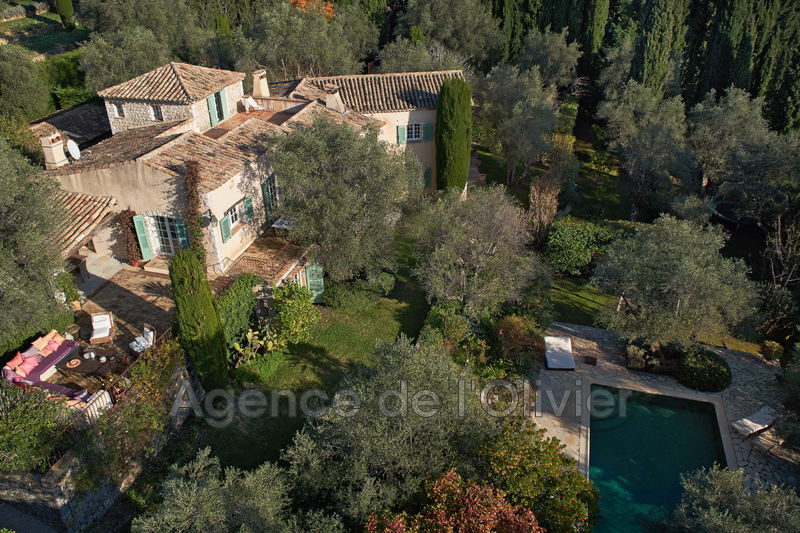 Luxury property Opio   to buy luxury property  6 bedroom   380 m²