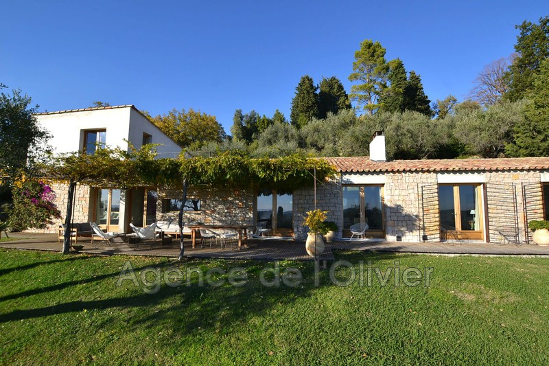 Photo Maison contemporaine Châteauneuf-Grasse Village,   achat maison contemporaine  4 chambres   220 m²