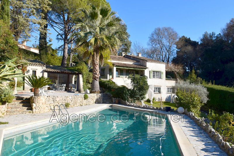 Photo Villa La Colle-sur-Loup   achat villa  5 chambres   200m²