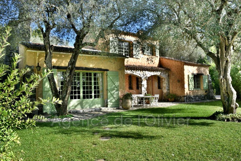 Photo Mansion Roquefort-les-Pins Proche centre-ville,   to buy mansion  3 bedroom   140 m²